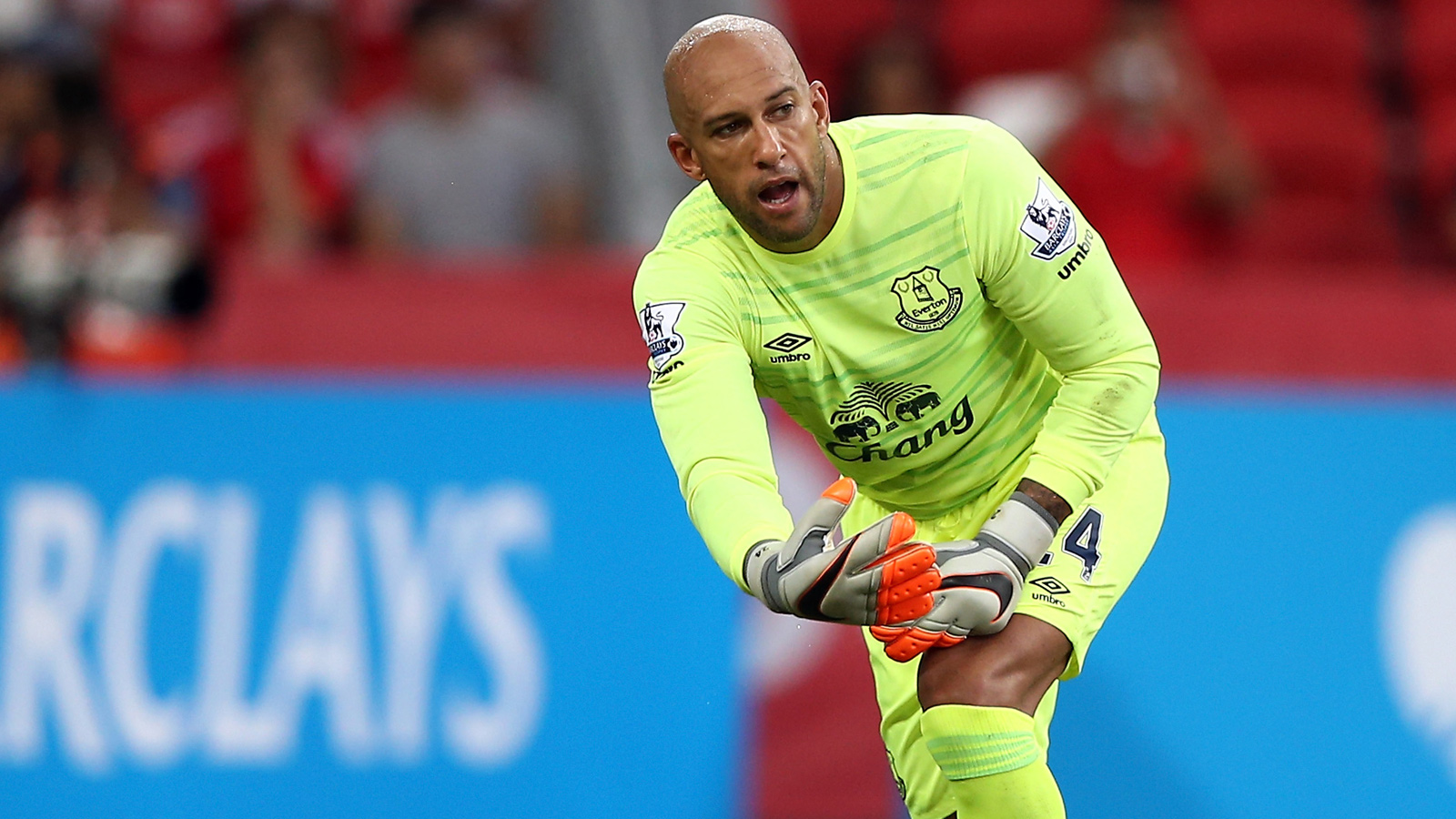 Martinez confirms Tim Howard is second choice at Everton