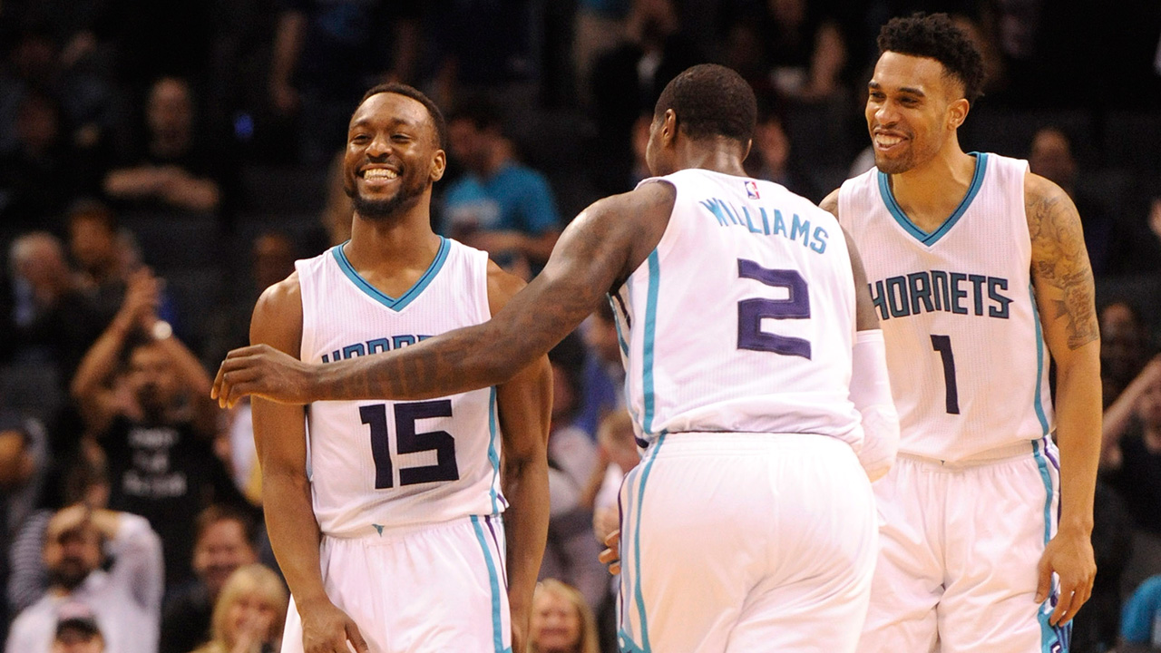 Hornets overcome combined 78 by Davis & Holiday, beat Pelicans
