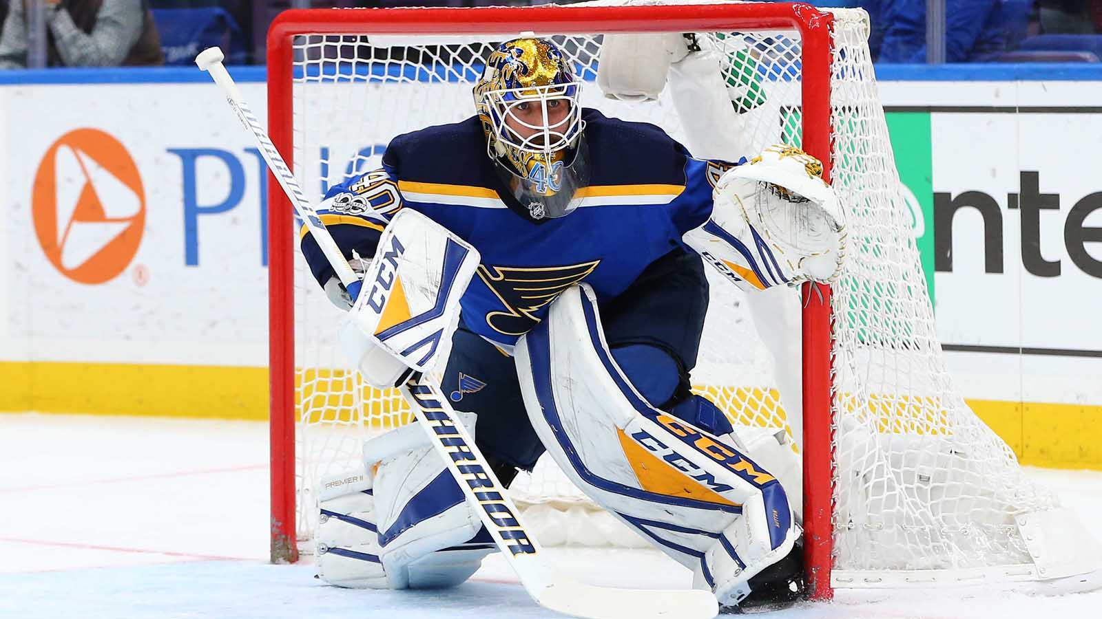 Hutton dominates as Blues defeat Jets 2-0