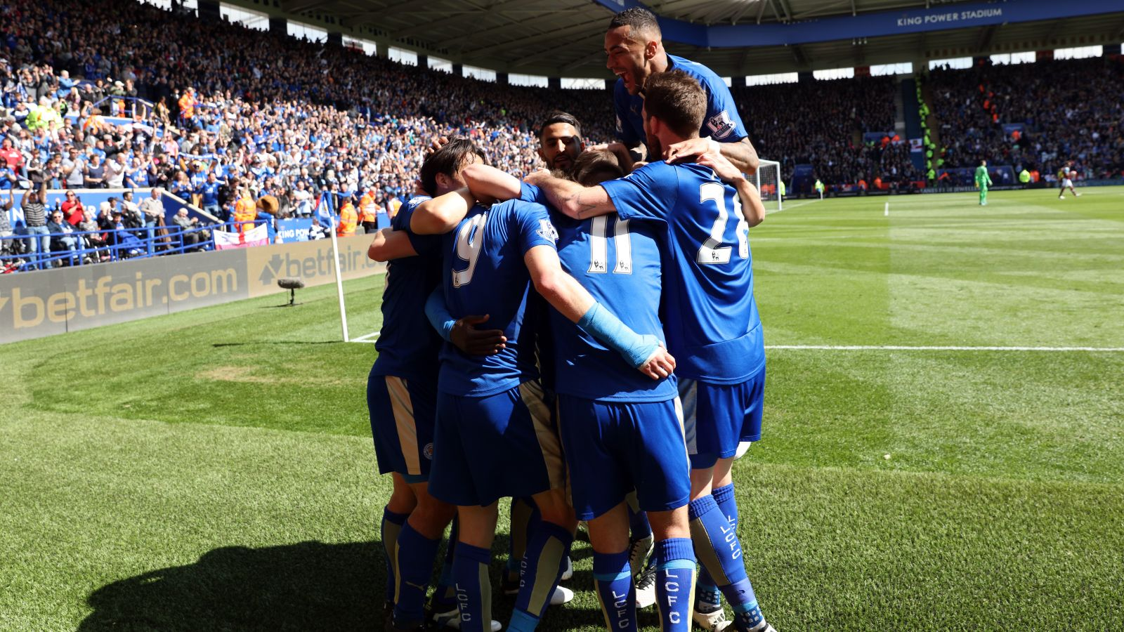Leicester salvage draw against West Ham with late penalty