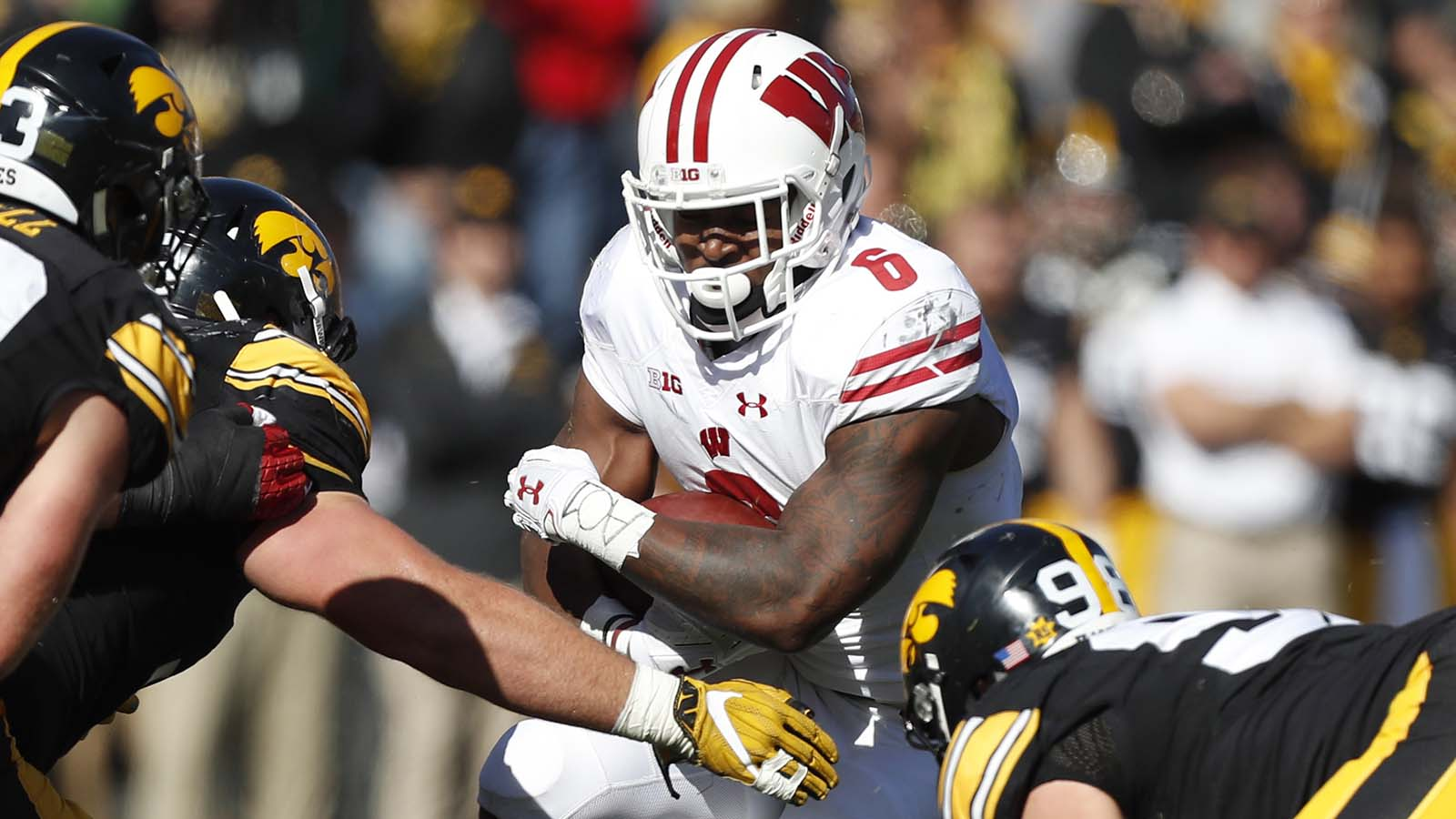 Badgers RB Clement practicing patience
