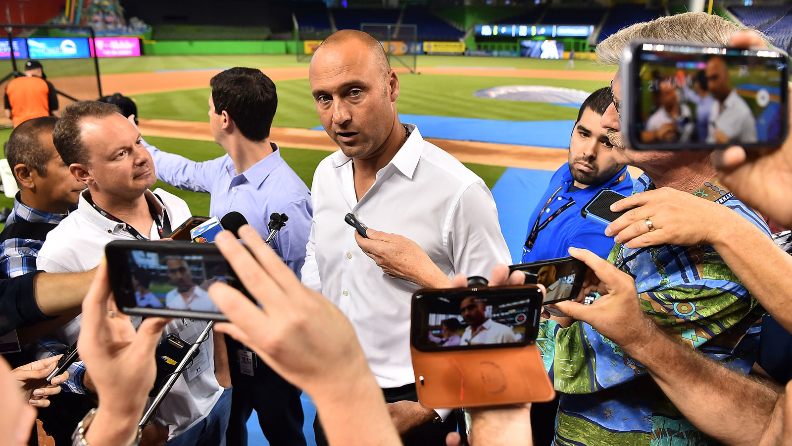 Derek Jeter says Marlins headed in right direction despite sub .500 record