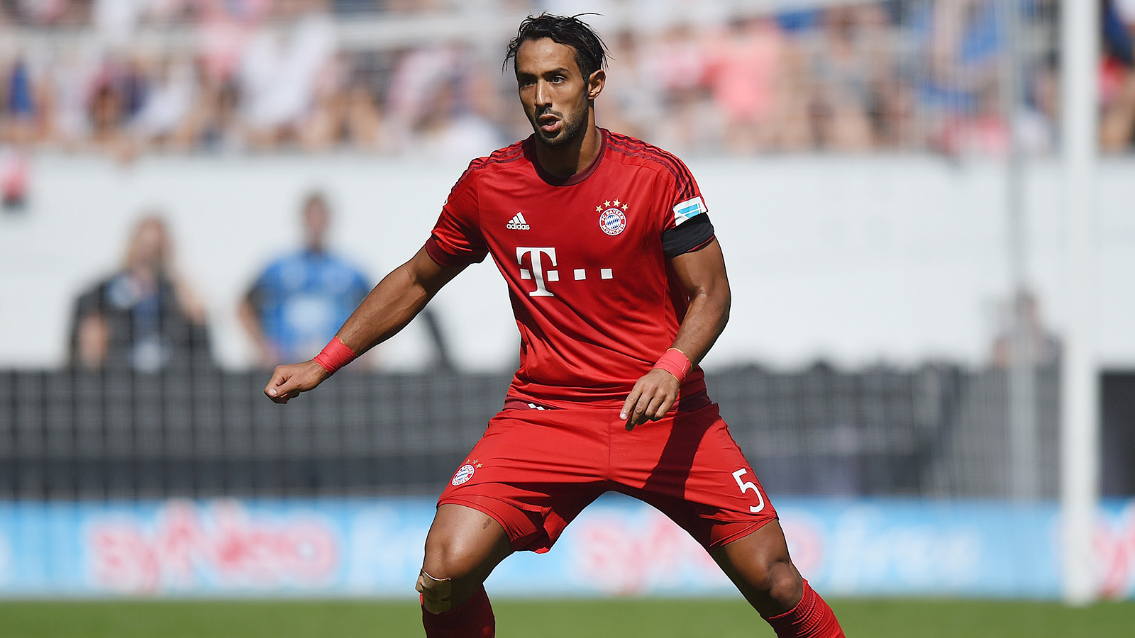Bayern confirm that Benatia faces spell out after thigh injury