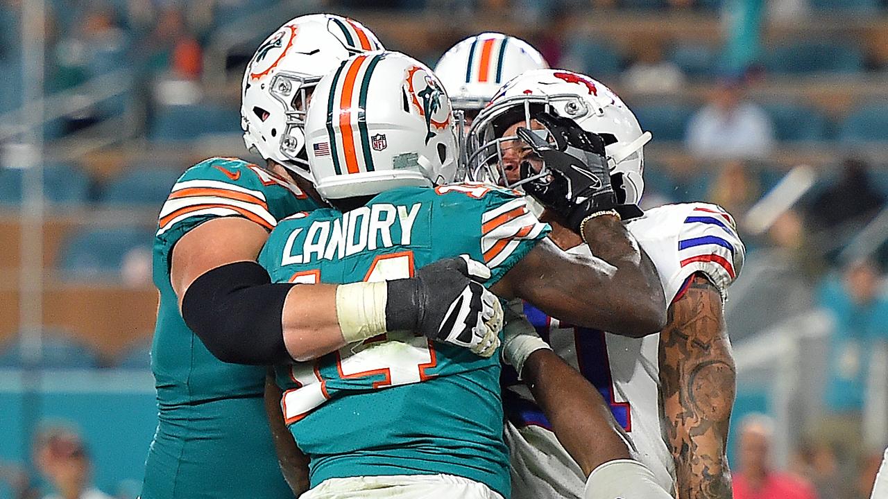 Dolphins coach calls Jarvis Landry's behavior in season finale 'embarrassing'