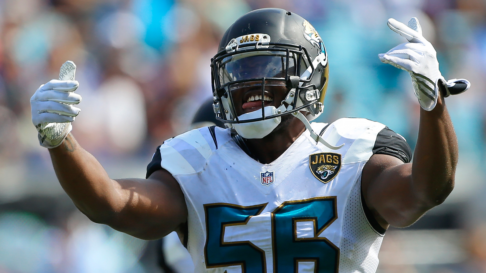 Jaguars remove Dante Fowler Jr., 2 others from injury report
