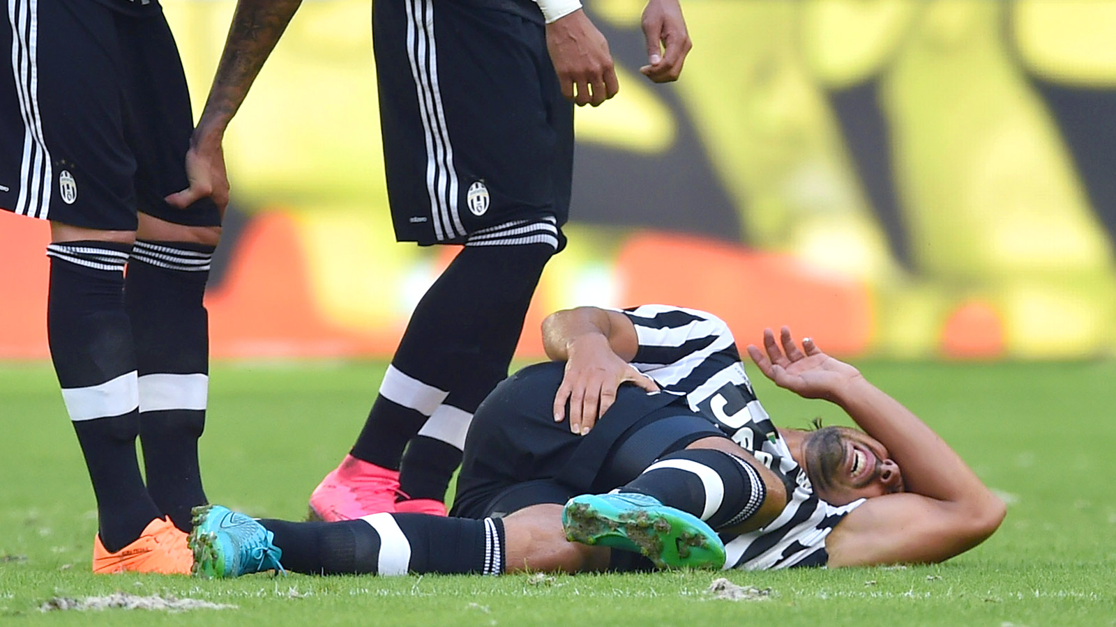 Juventus midfielder Khedira out for two months through injury
