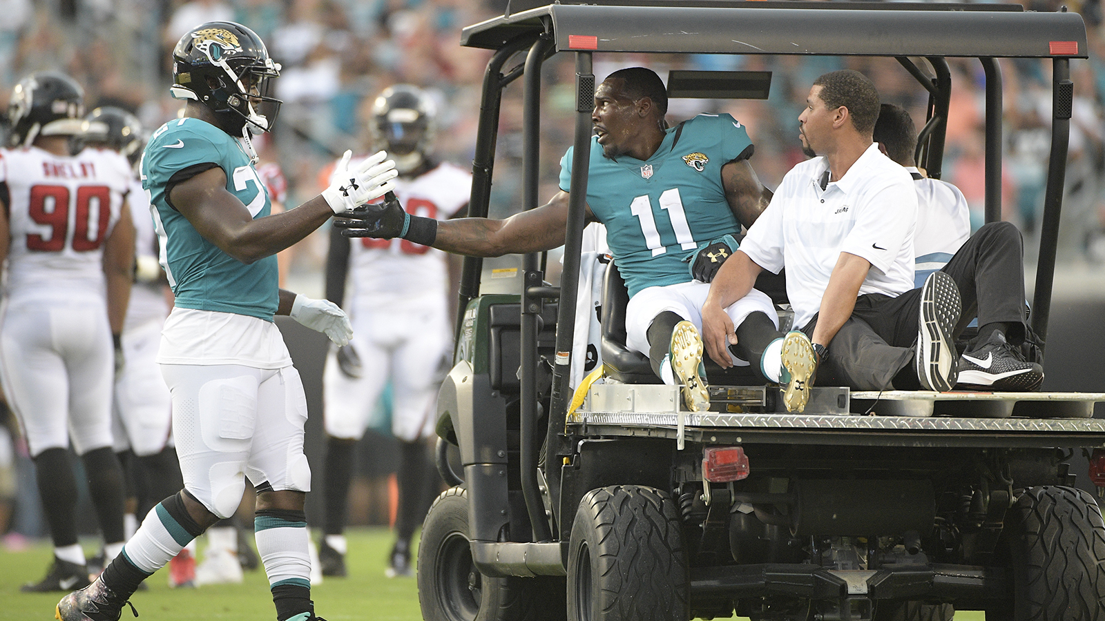 Jaguars WR Marqise Lee out for season after injuring knee in preseason game