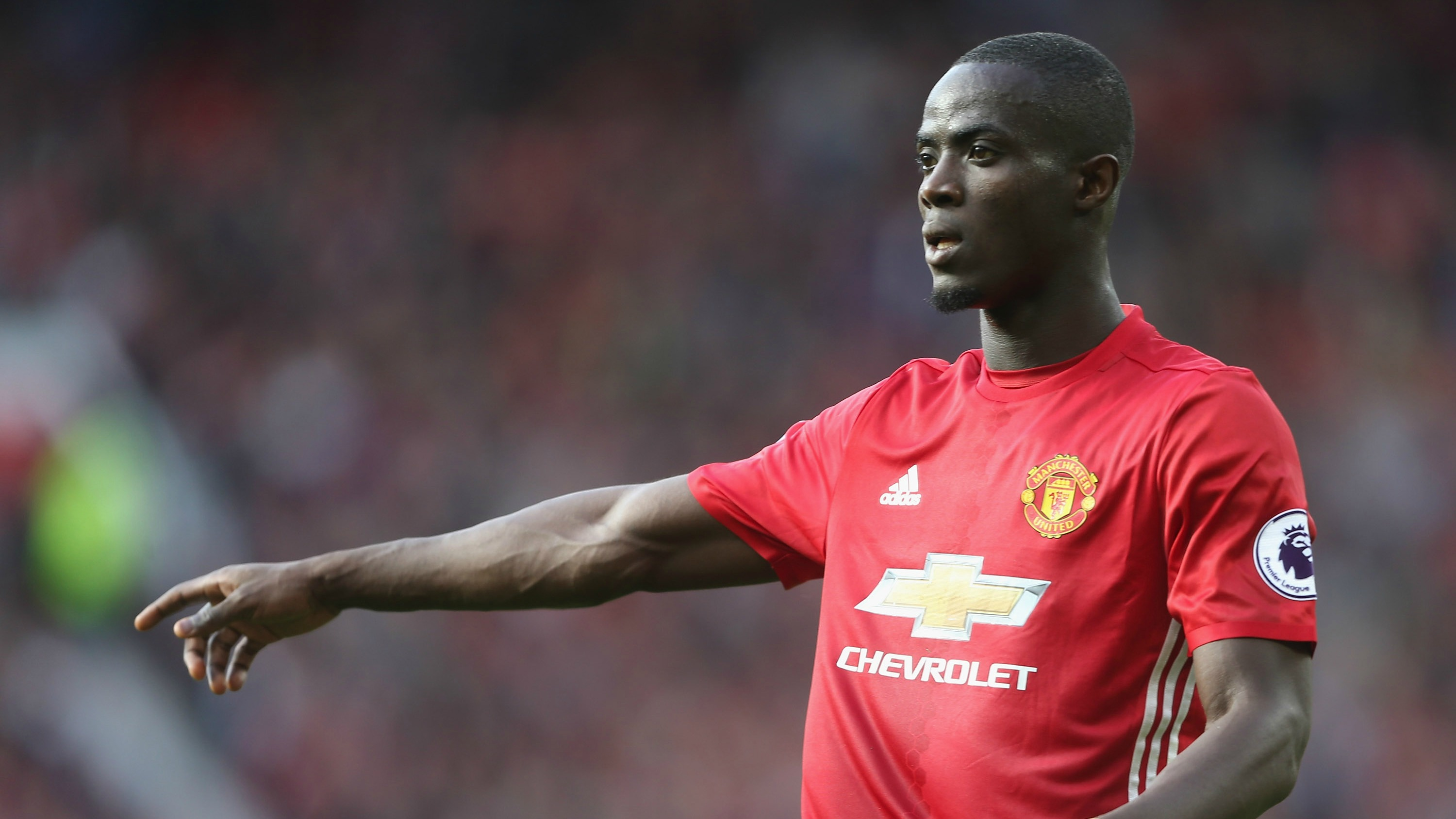 Man U's Eric Bailly wore jelly shoes to training and got roasted comprehensively for it