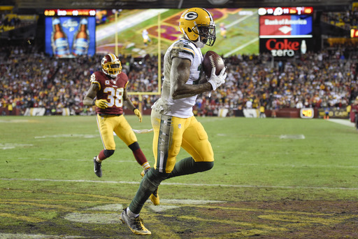 NFL Latest: Redskins get first playoff safety since 1984
