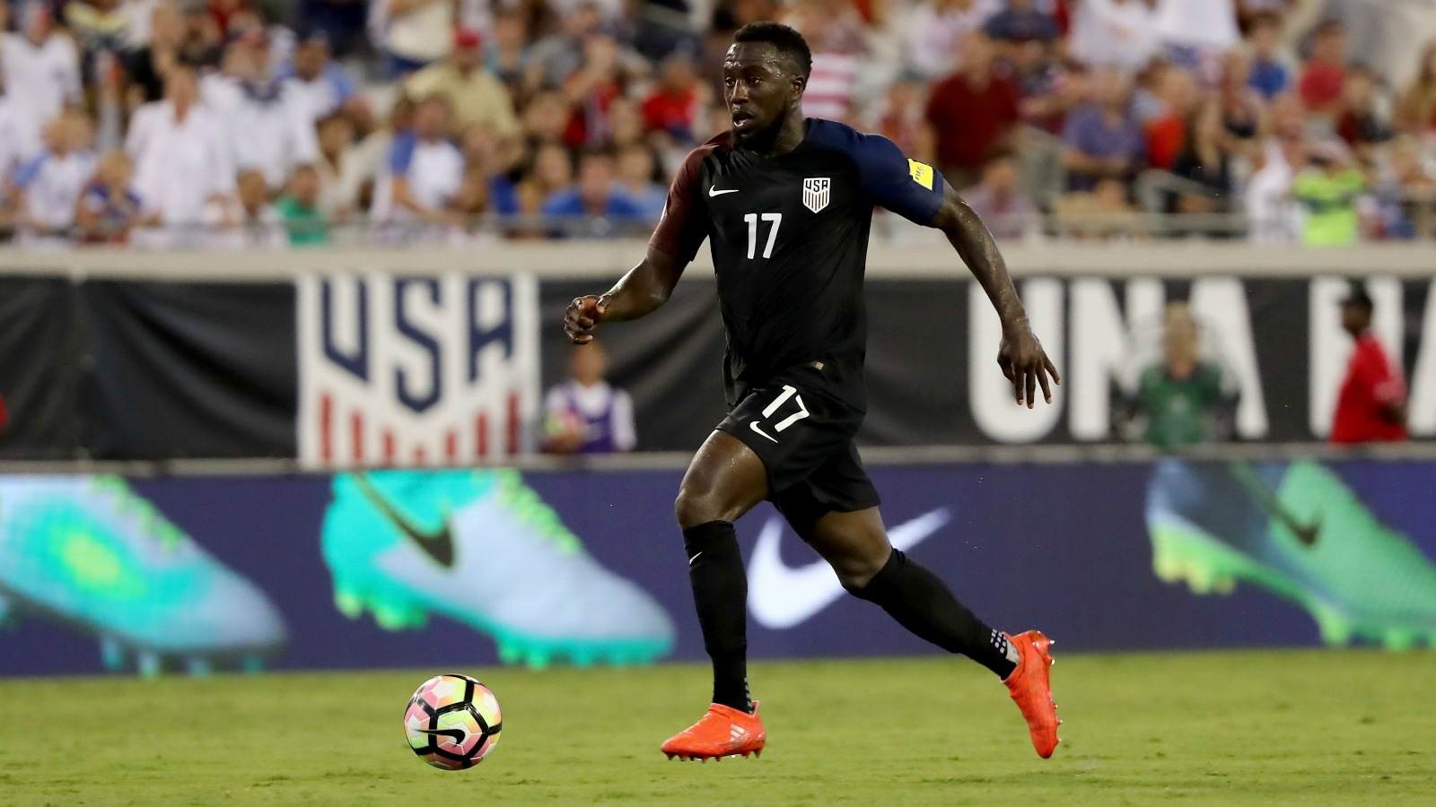 Jozy Altidore, Christian Pulisic win top USMNT awards