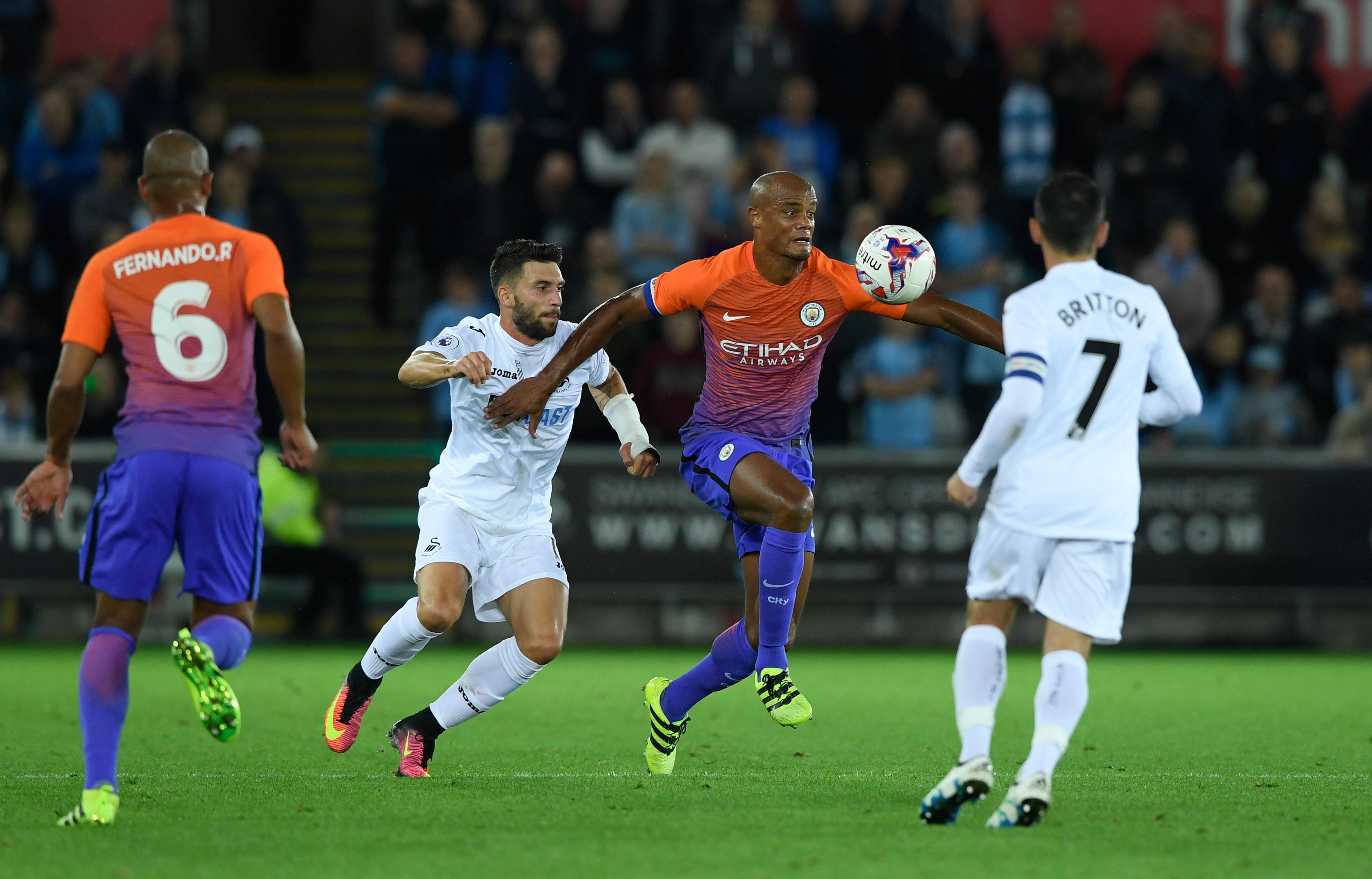 Manchester City Injury Update: Kompany, Silva & Delph