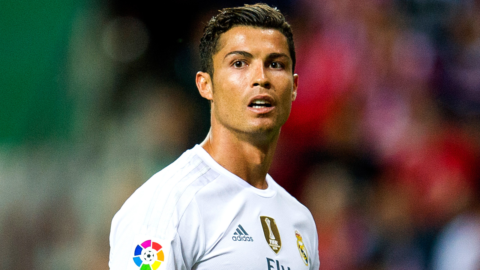 Real Madrid warn PSG over $1.1bn Ronaldo release clause