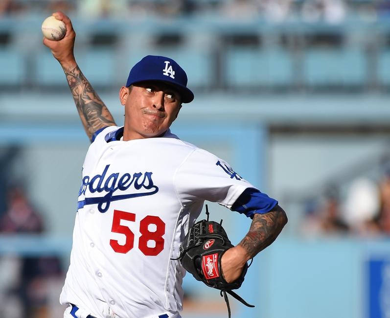 Los Angeles Angels Sign Jesse Chavez