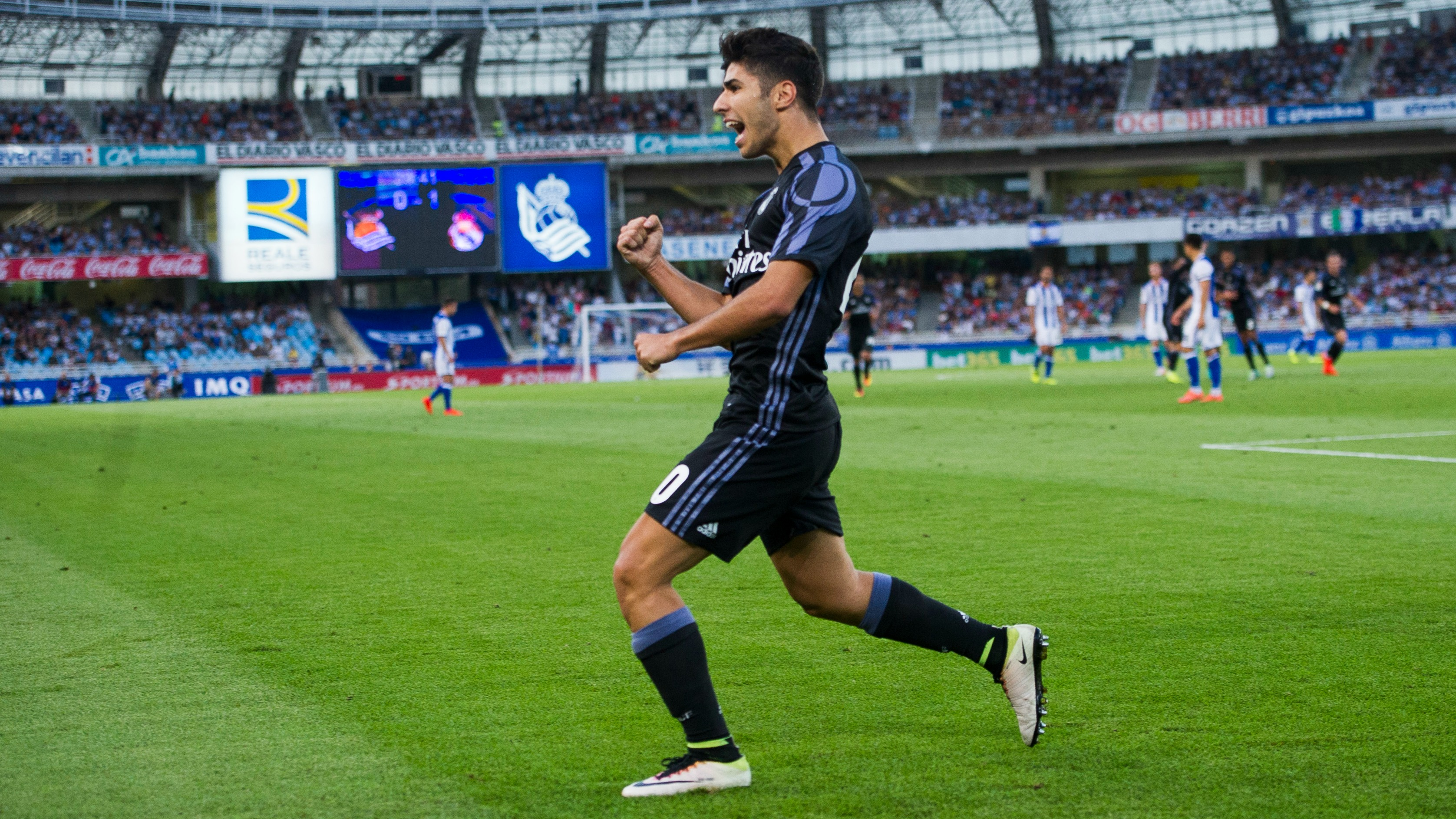Marco Asensio scores beautiful chip in Real Madrid's season opener
