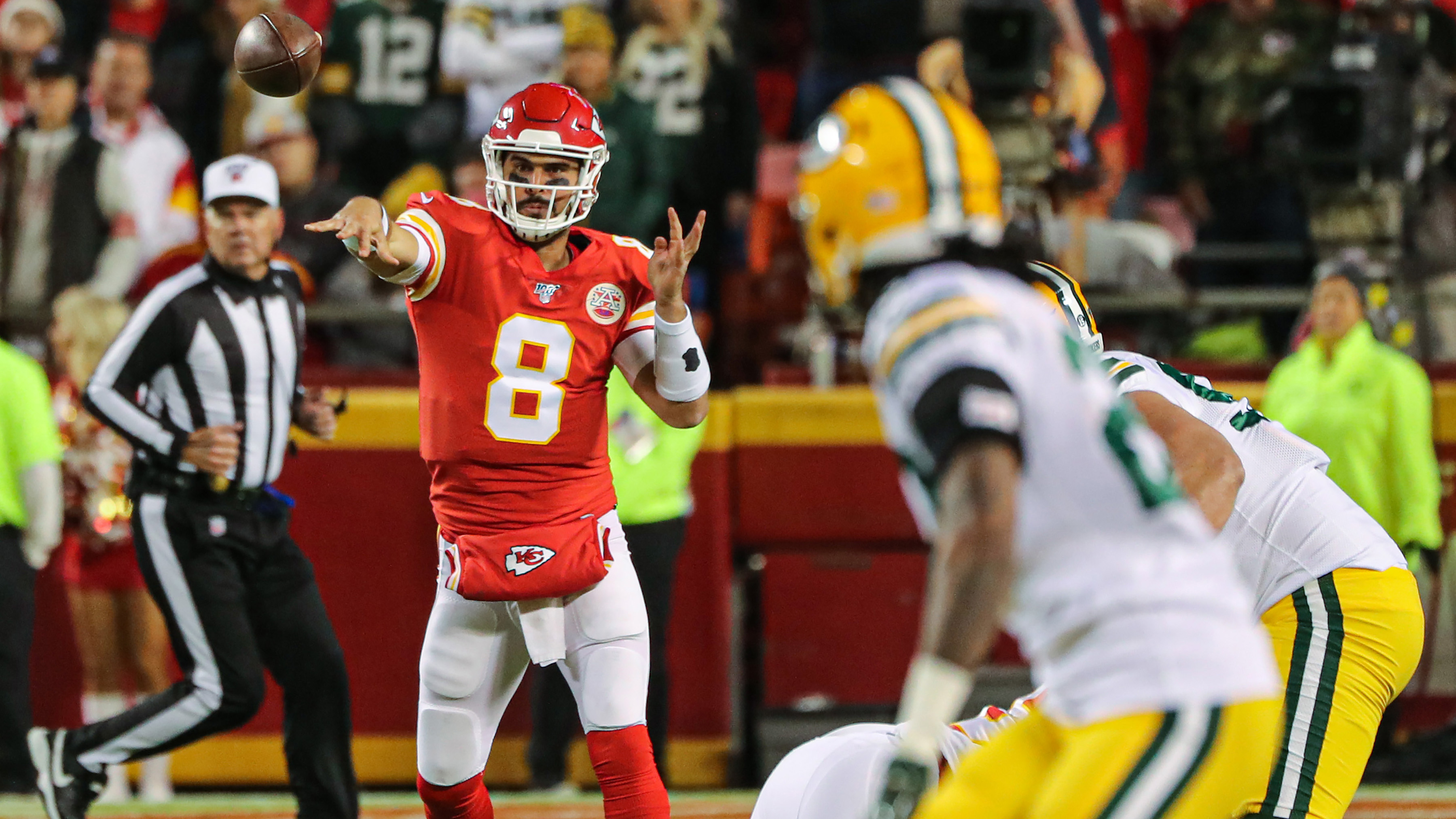 Moore fills in capably, but Chiefs fall 31-24 to Packers