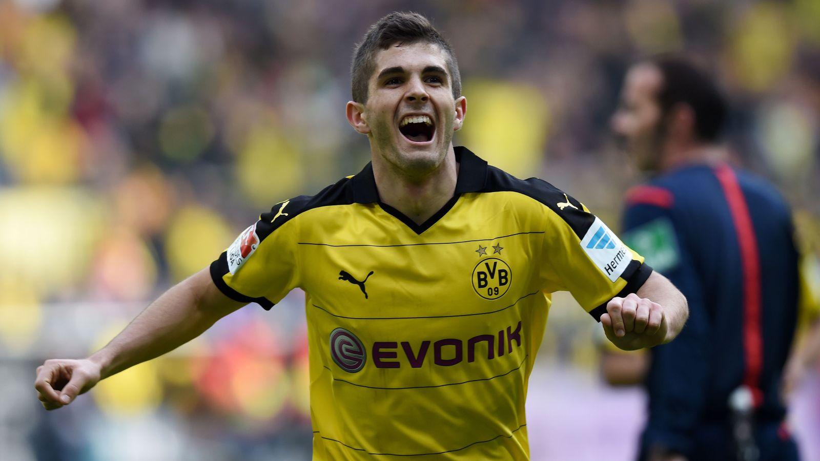 Christian Pulisic scores his first Bundesliga goal for Borussia Dortmund
