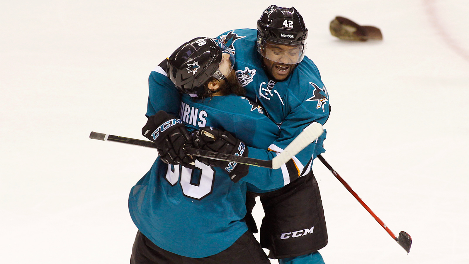 Ward has hat trick as Sharks beat Hurricanes to snap skid