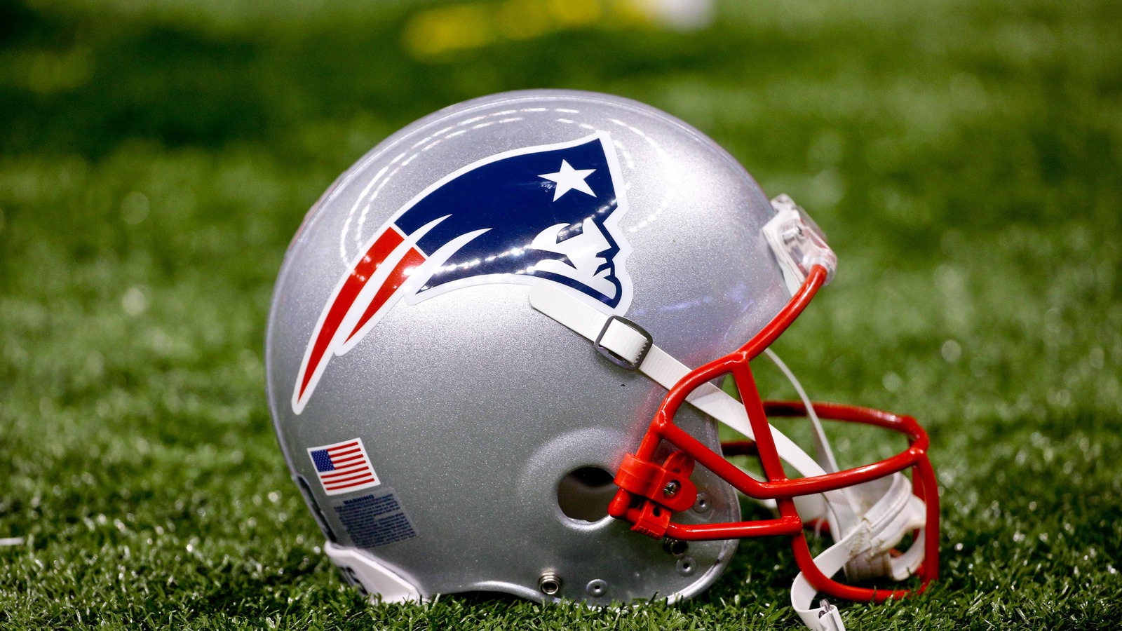 Patriots sign seven practice squad players to future/reserve contracts