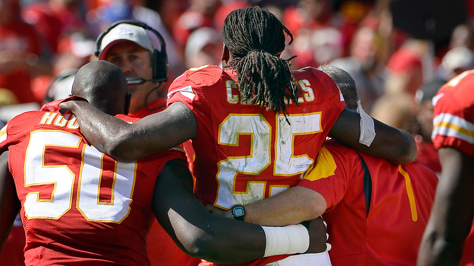 Chiefs place RB Charles on injured reserve with torn ACL