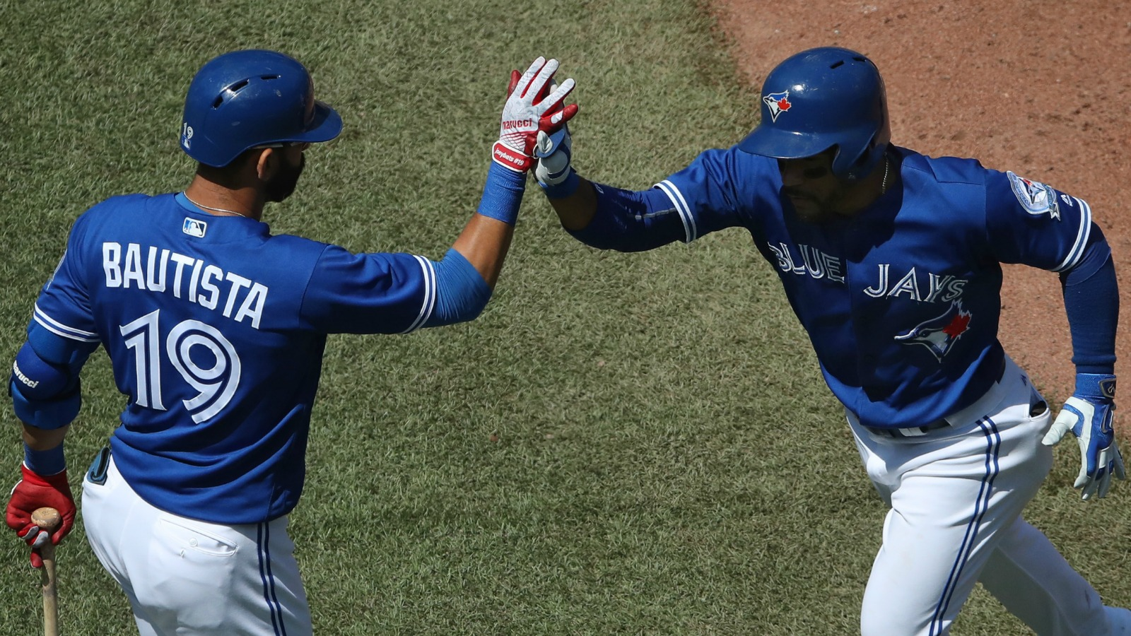 The Blue Jays overpower the Orioles to take the lead in the AL East