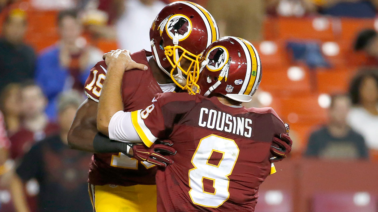 With RG3 injured, Redskins' backup QBs pull out win over Lions