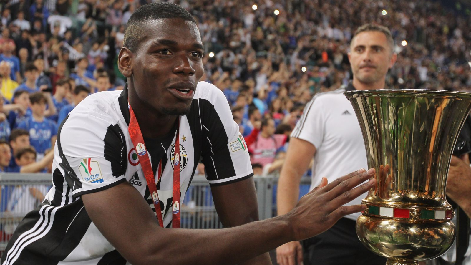 Chelsea line up a move for Juventus star Paul Pogba
