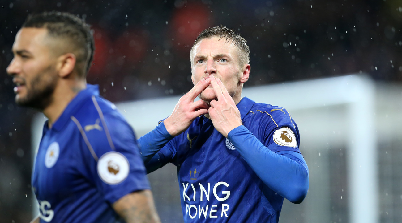 Vardy breaks out with hat trick in Leicester's win over Manchester City
