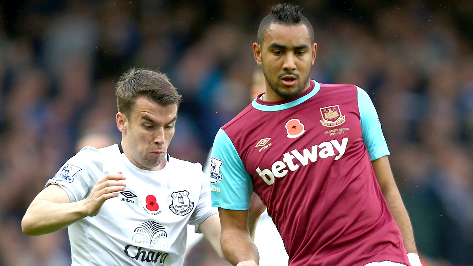 West Ham's Payet could be out 3 months with ankle injury