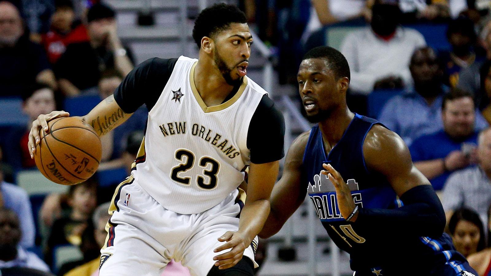 Davis leads Pelicans past Mavericks, 111-104