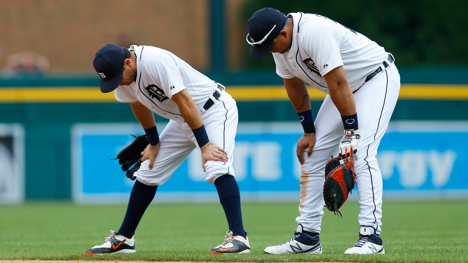 Tigers fall to reeling White Sox 8-7