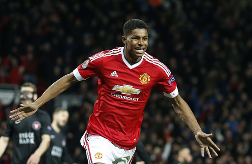 18-year-old Marcus Rashford rescues Manchester United with brace in career debut