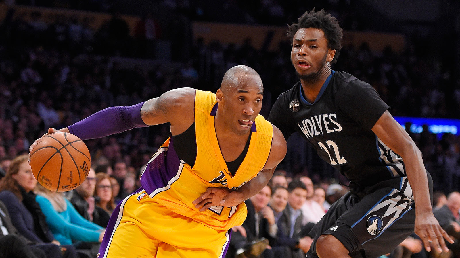 Kobe scores season-high 38, Lakers avoid longest losing streak in team history