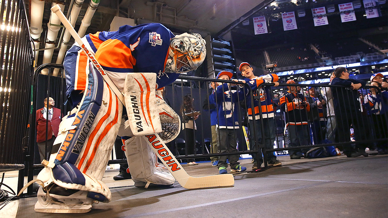 The Islanders can confidently roll with the hot goaltender