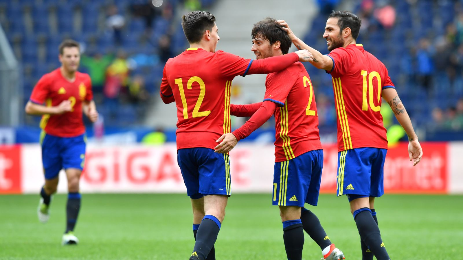 Del Bosque says defending champs Spain 'ready' for Euro 2016