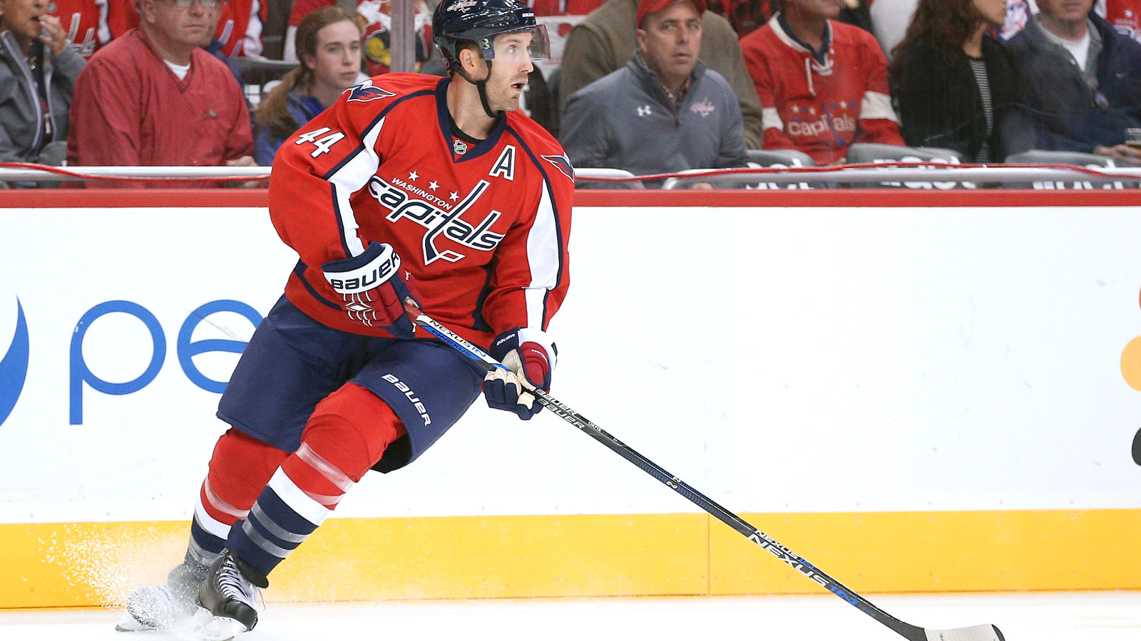 Brooks Orpik practices with Capitals for first time since December