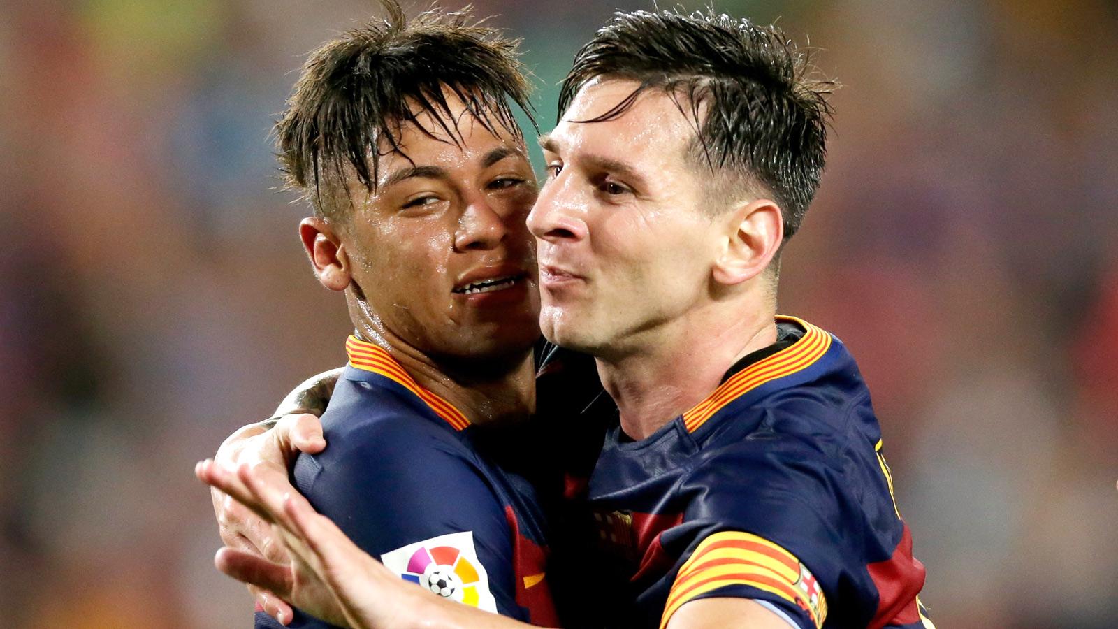Manchester United, City battle for Barcelona's Messi, Neymar