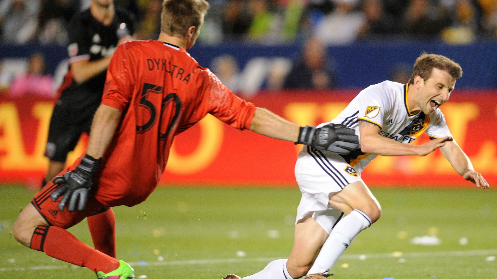 Gross overreactions and 2016 MLS season predictions based on Week 1