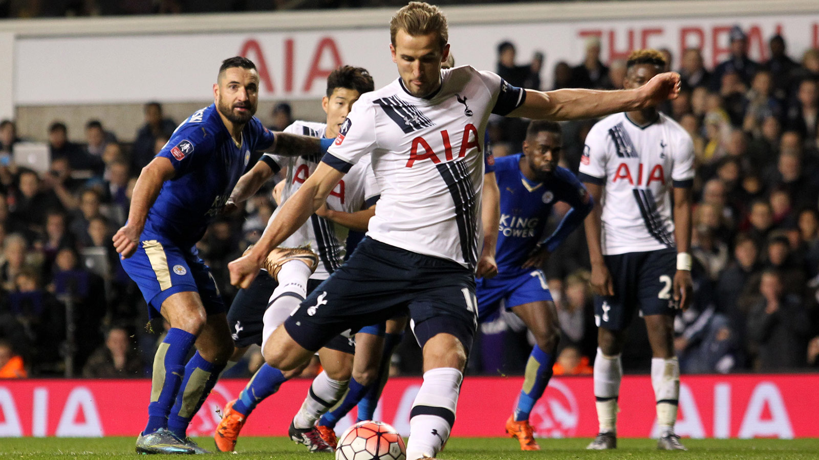 Leicester, Tottenham players make up nearly entire PFA Premier League Team of the Year