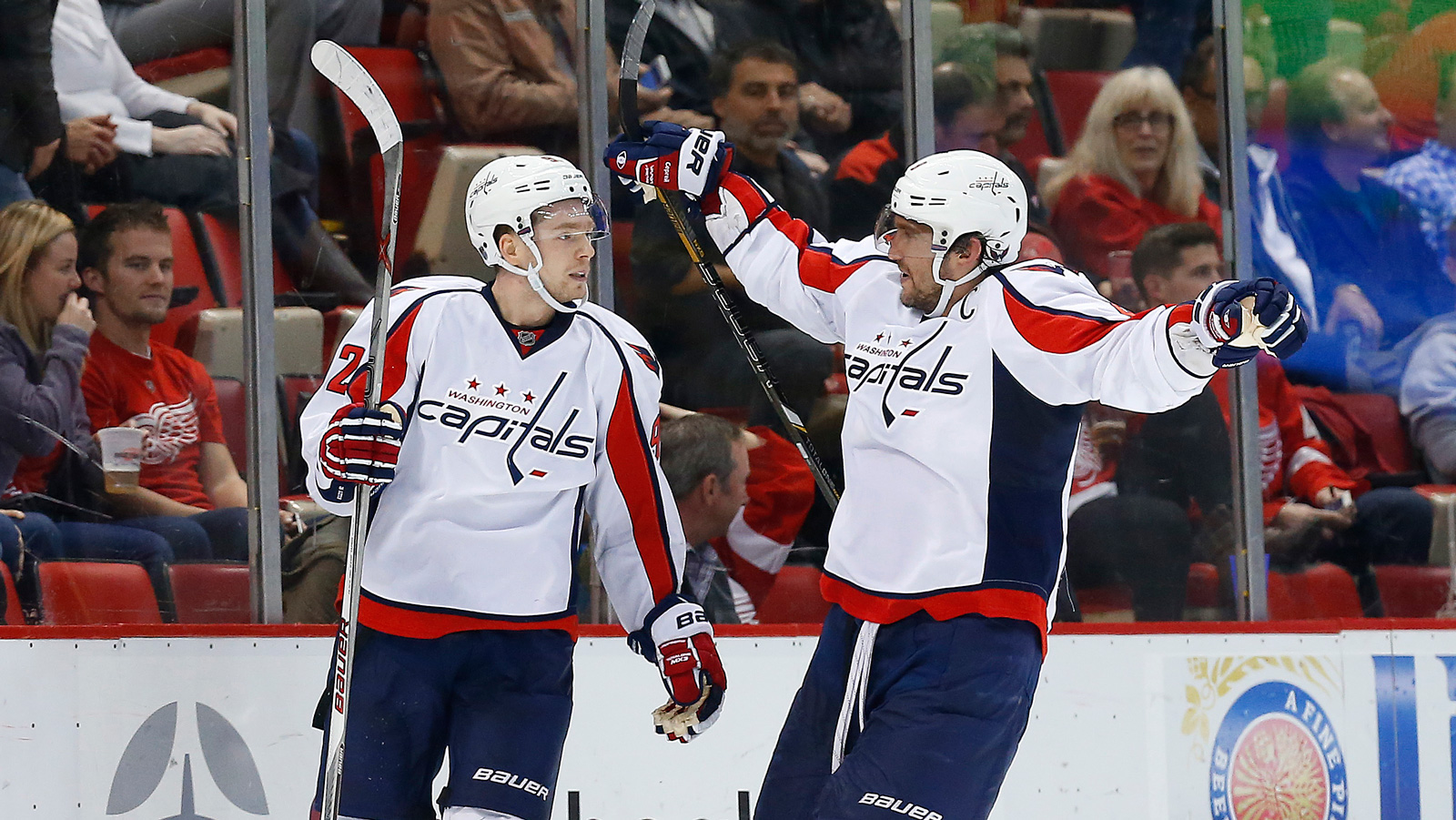 Capitals top Red Wings 2-1 in overtime