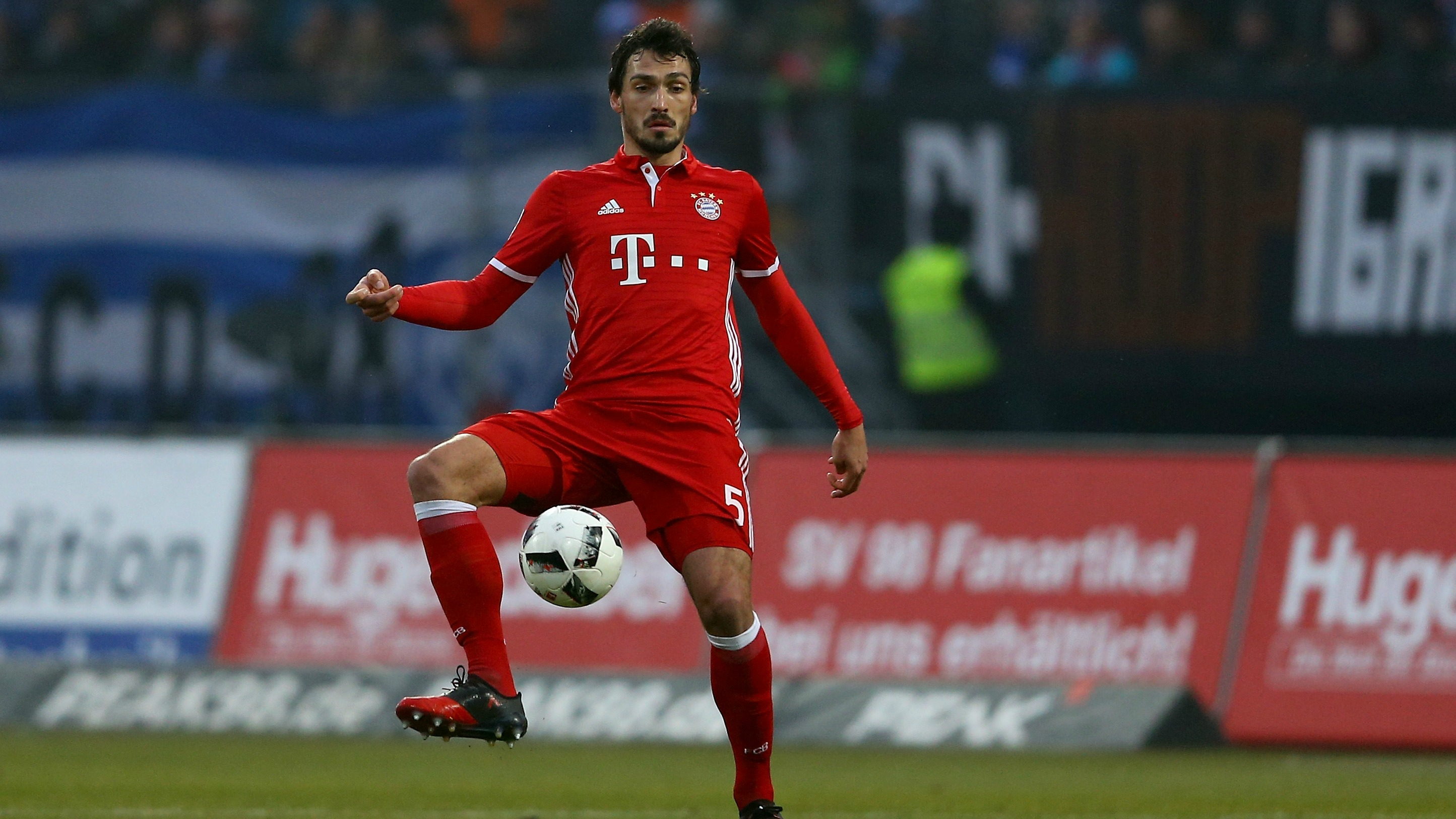 Mats Hummels reveals why he dyed his hair blonde