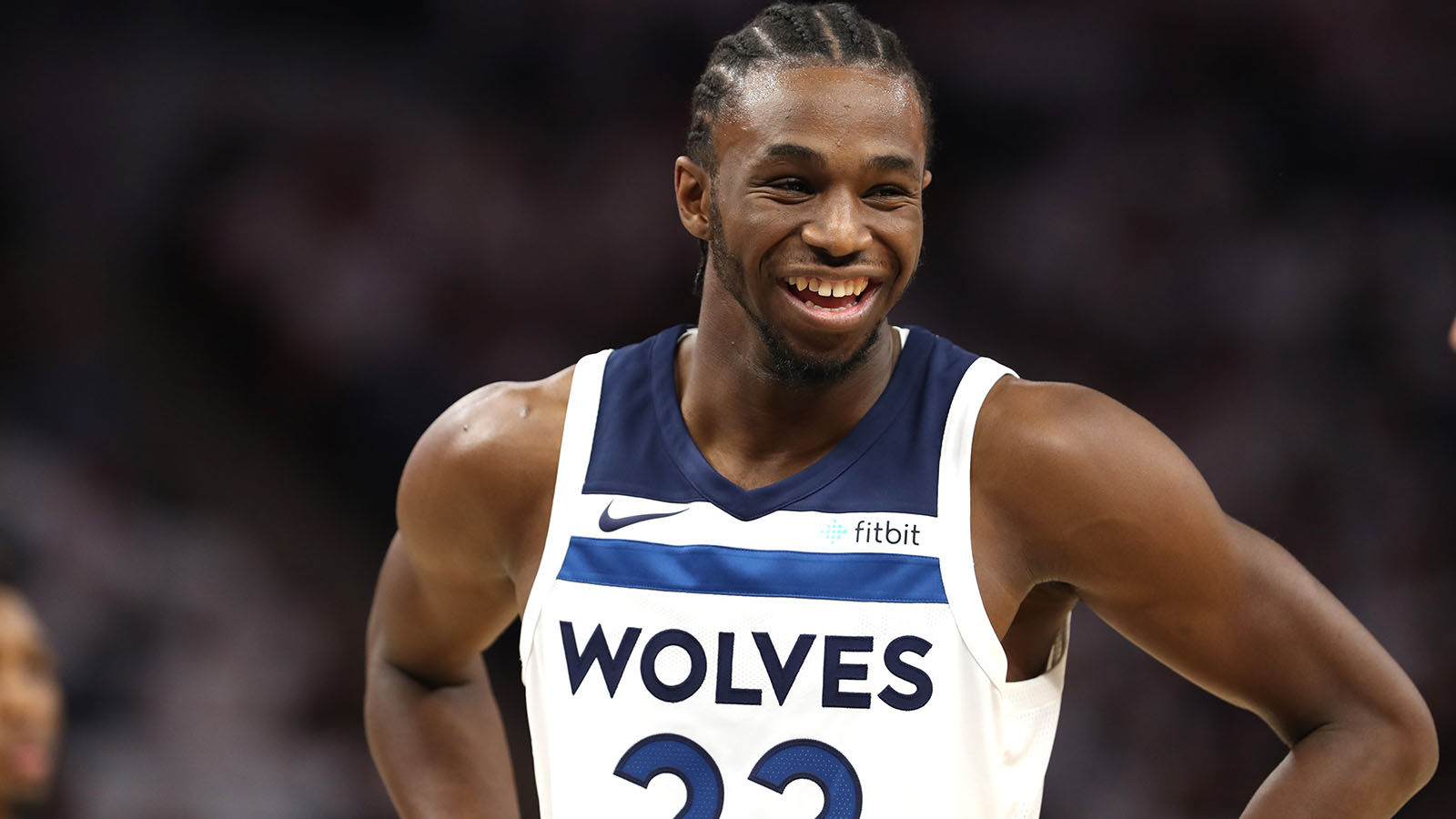 Wolves Twi-lights: Wiggins beats the first-half buzzer