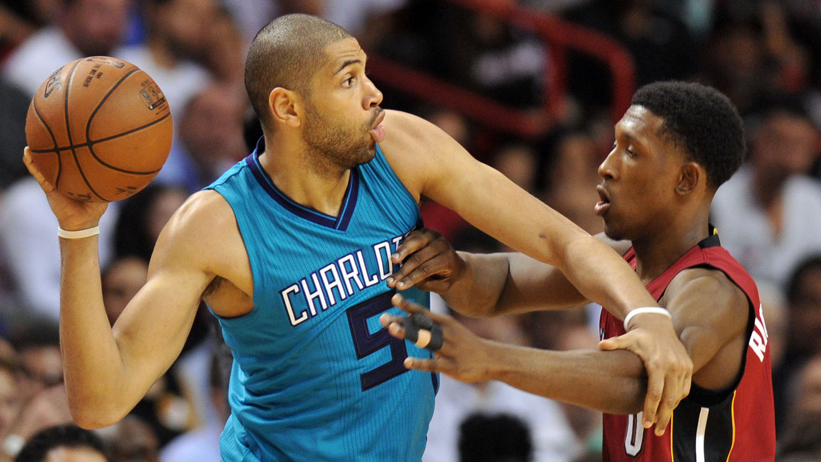 Report: Hornets agree to 5-year, $120 million deal with top priority Nicolas Batum