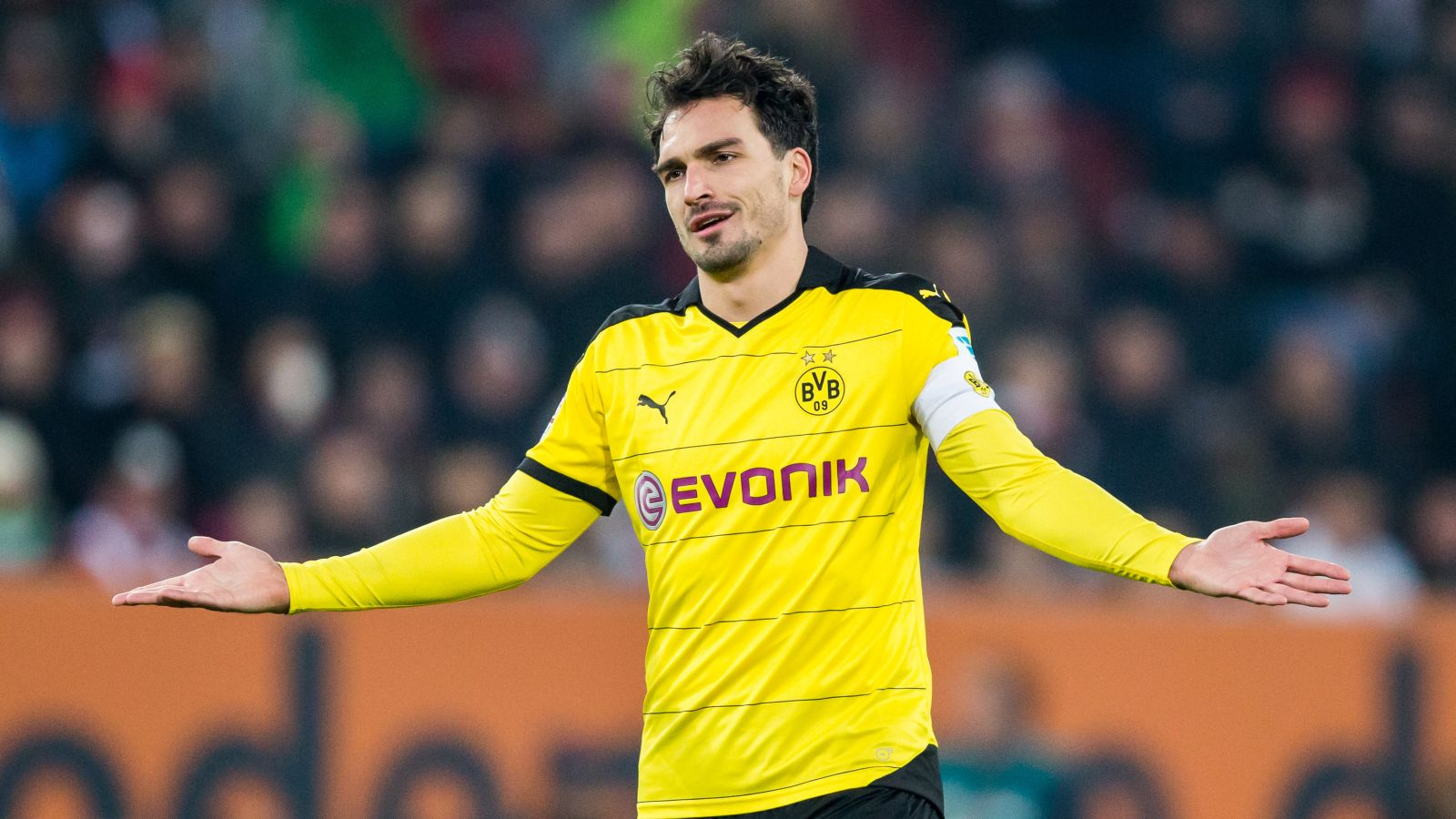 Premier League trio to compete for Dortmund's Hummels