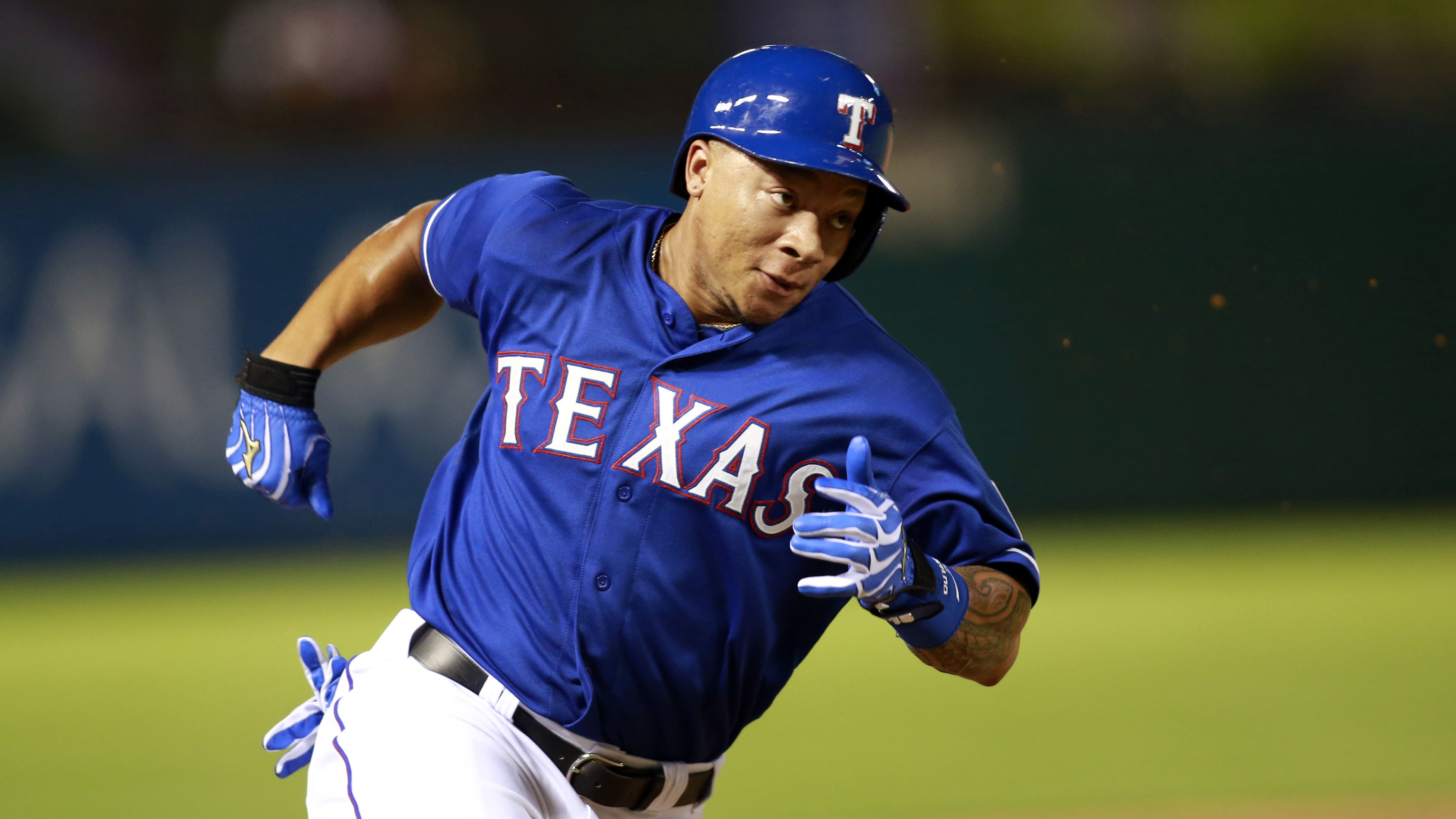 Rangers bring up Choice for bench bat