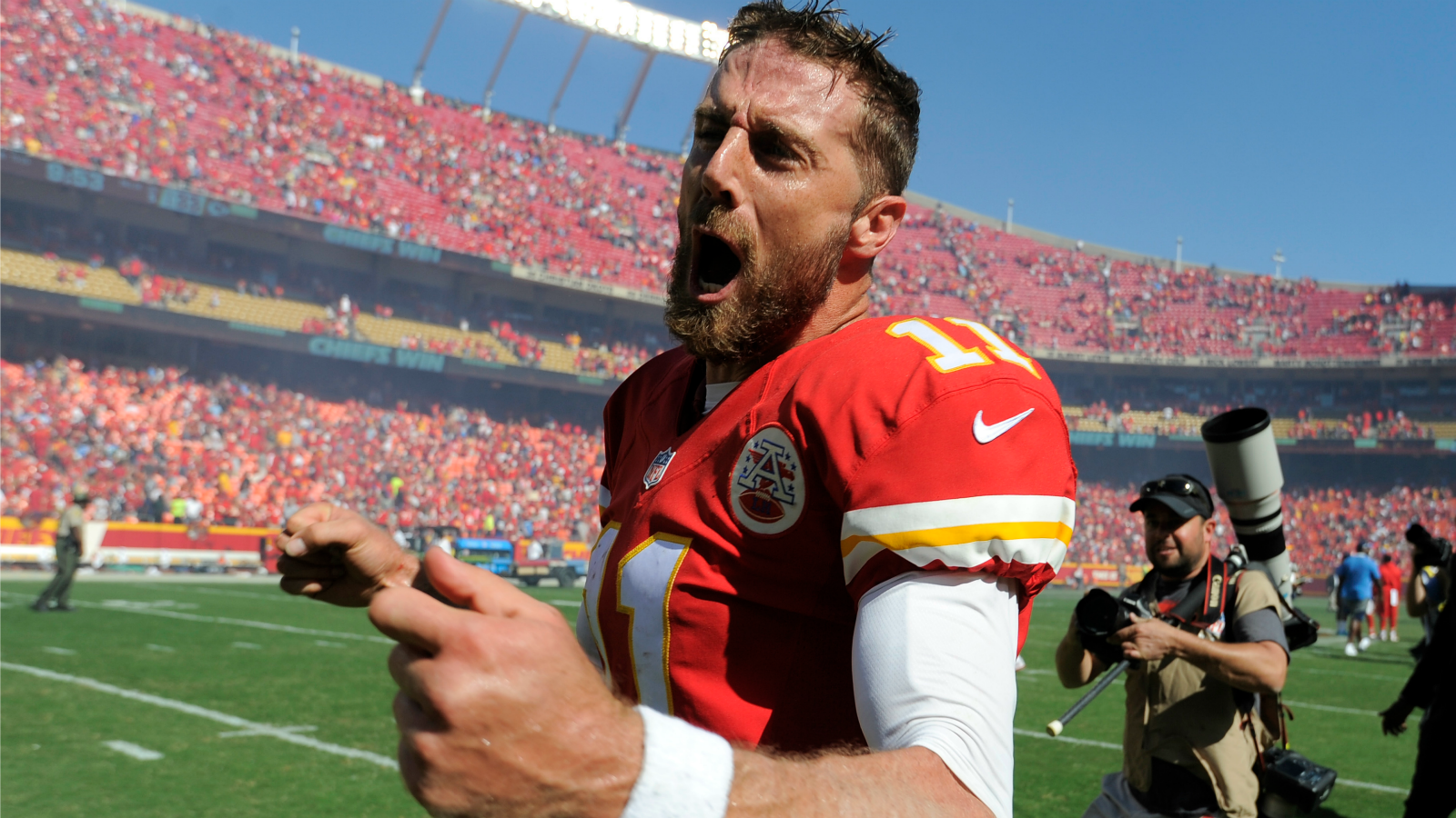 Alex Smith's OT TD dive finishes Chiefs' amazing comeback vs. Chargers
