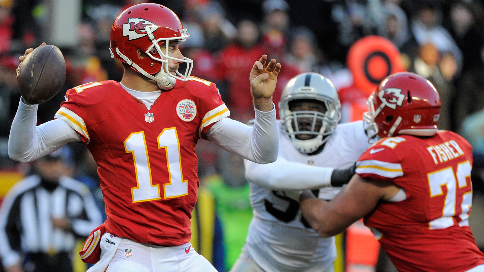 Chiefs beat Raiders 23-17, head into playoffs on a 10-game roll