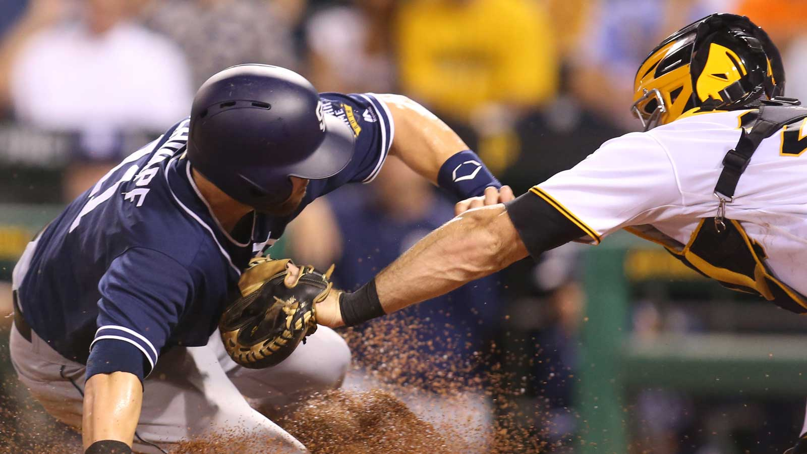 Padres go for series win in Pittsburgh Thursday afternoon
