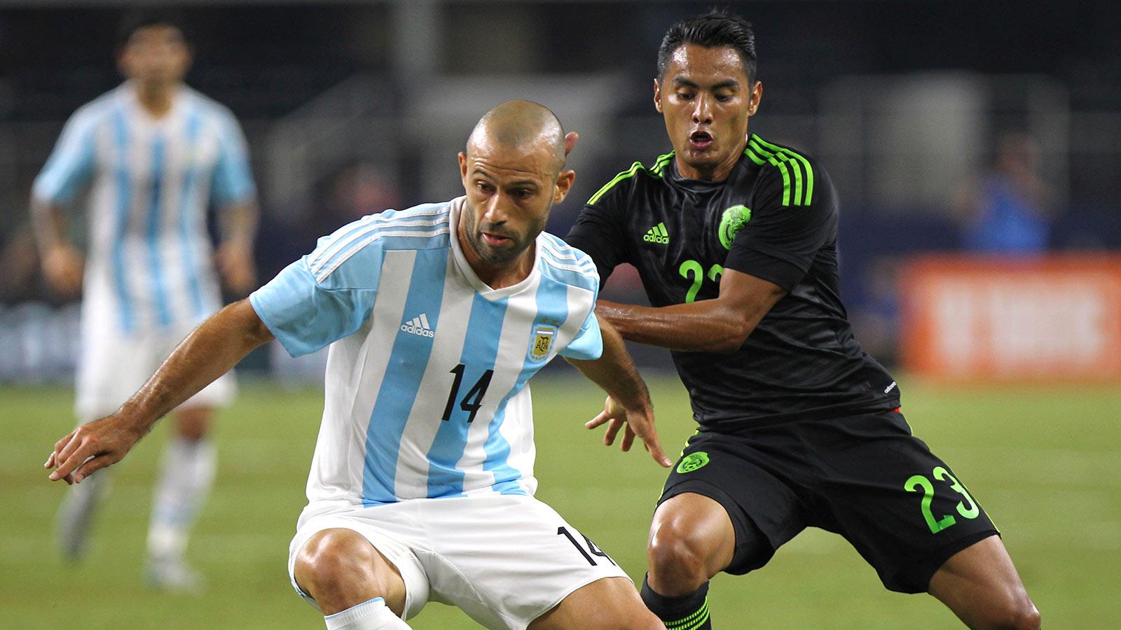 José Juan Vázquez exits as Mexico dealt another injury blow