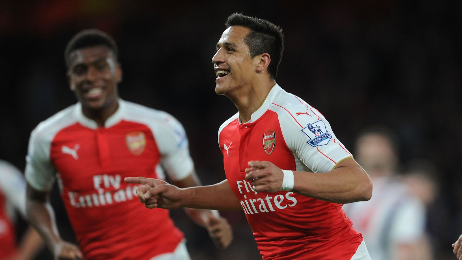 Sanchez's injury layoff cost Arsenal title shot, says Mertesacker
