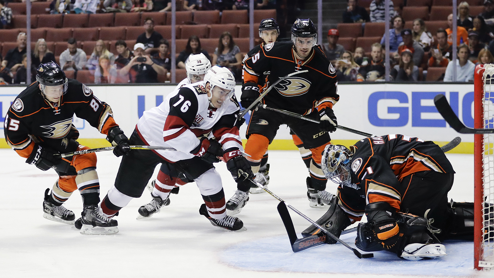 Coyotes claw past Ducks for preseason win